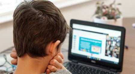 Schule im Lockdown: Jedes vierte Kind verbringt weniger als 2 Stunden pro Tag mit Lernstoff